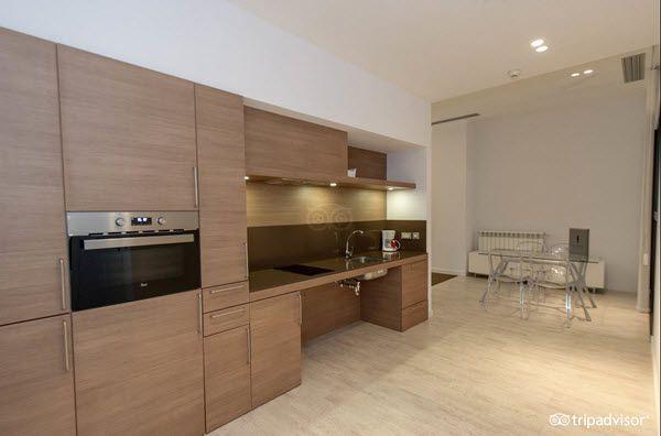 Apartamentos adaptados eric vokel Madrid cocina