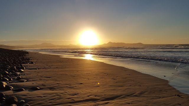 Anochecer en Lanzarote. Lanzarote accesible