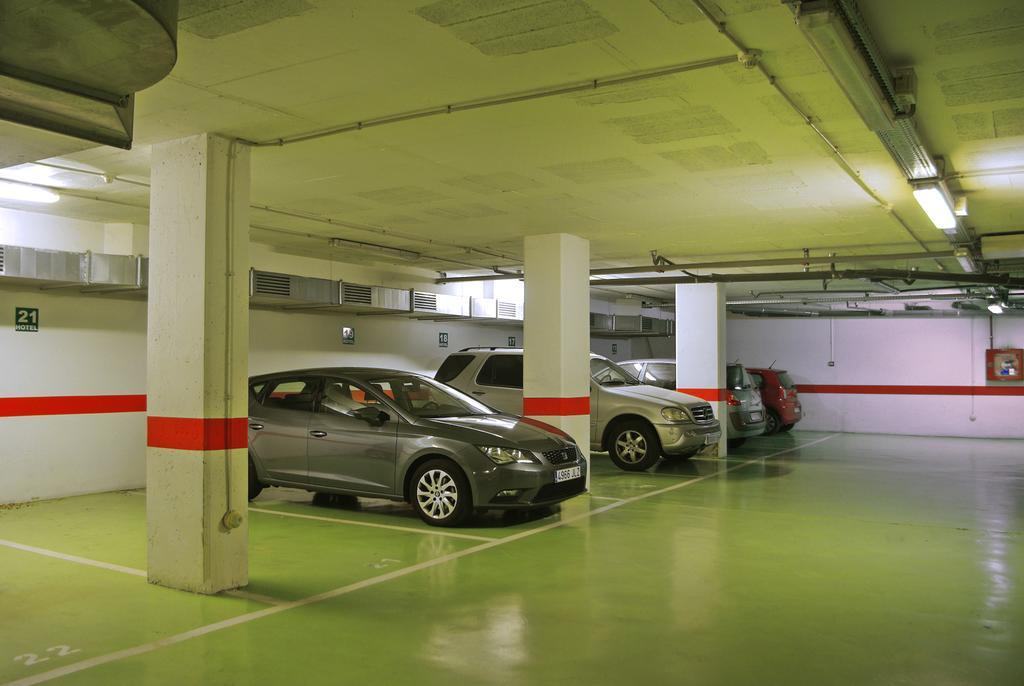 Aparcamiento Hotel accesible Hilton Girona